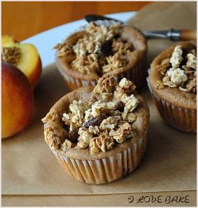 muffinki-z-brzoskwiniami-1