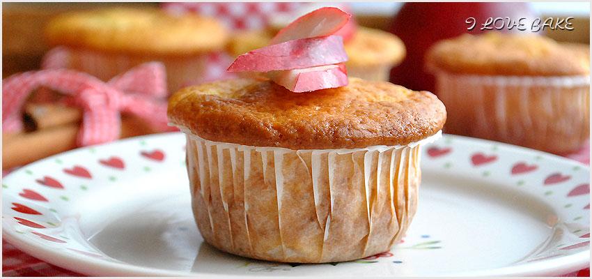 muffinki-z-jablkami