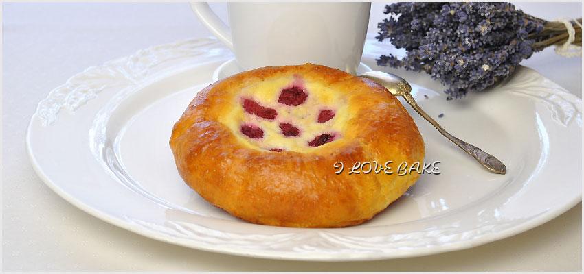 buleczki-z-malinami-i-biala-czekolada1