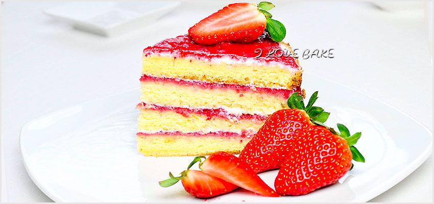 tort-truskawkowy-z-kremem-serowym-2
