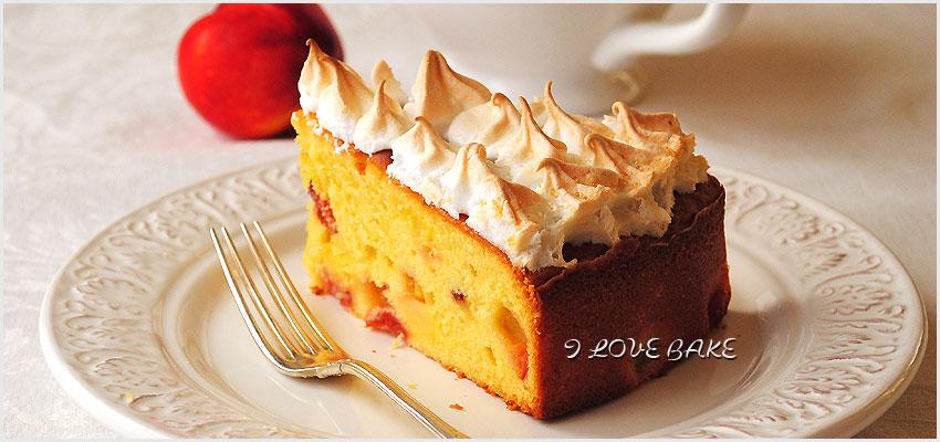 ciasto-z-brzoskwiniami-i-beza