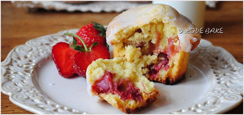 muffinki-z-truskawkami-jak-paczki-6