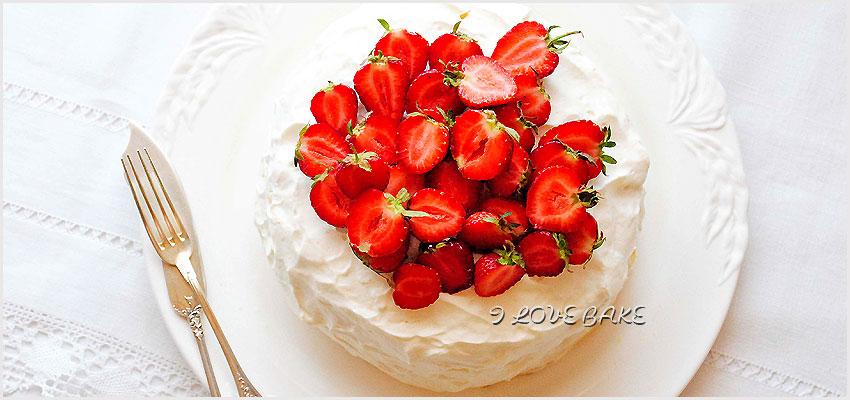 tort-nalesnikowy-z-truskawkami-przepis-1