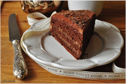 tort-czekoladowy-z-solona-masa-kajmakowa-przepis-3