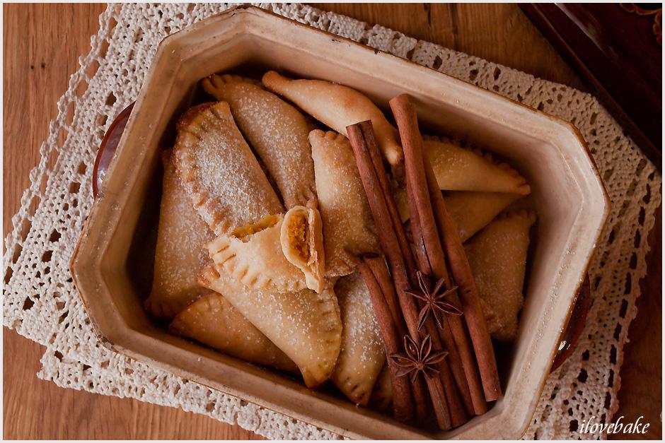 kruche-ciasteczka-z-dynia-pierozki-5