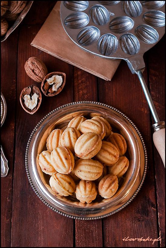 orzeszki-ciastka-nadziewane-kremem-michalkowym-1