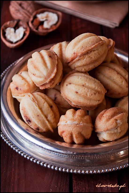 orzeszki-ciastka-nadziewane-kremem-michalkowym-3