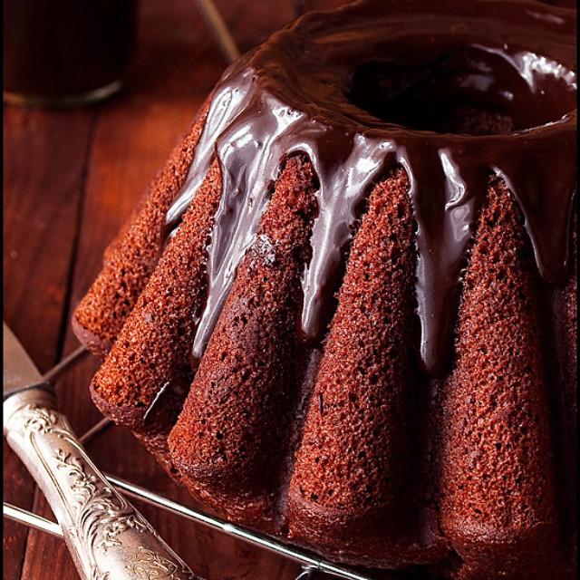 Babka murzynek na powidlach nowy przepis na @ilovebake.pl #cake #chocolate #bundt #easter #foodies #foodporn #jedzenie #Wielkanoc #przepisy