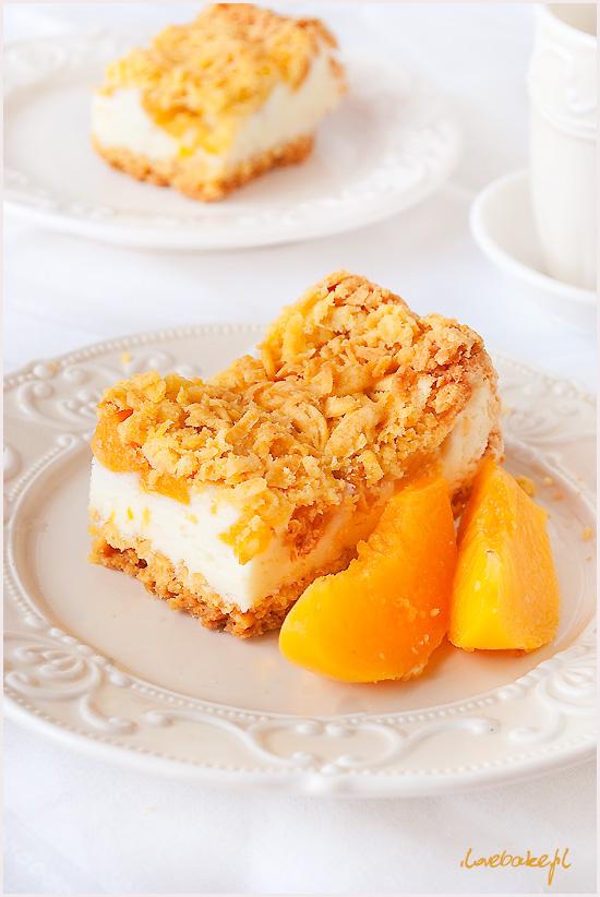 ciasto-z-budyniowa-pianka-brzoskwiniami-4