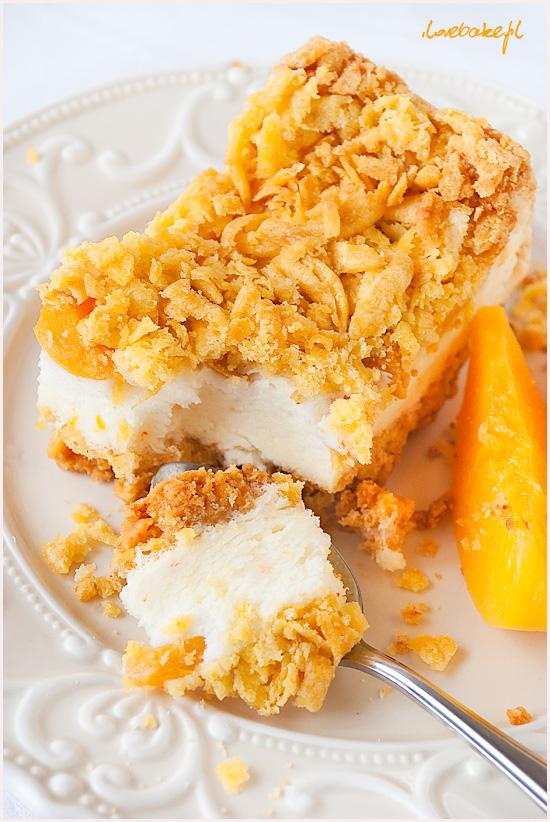 ciasto-z-budyniowa-pianka-brzoskwiniami-5