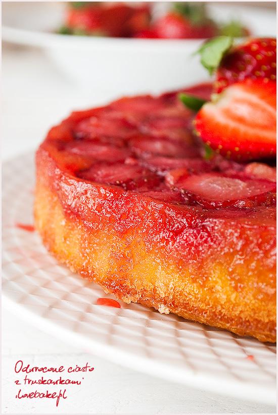 odwrócone-ciasto-z-truskawkami-12
