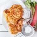 Dzien dobry ? #poranek #dzien #dobry #sniadanie #placki #racuchy #rabarbar #slodkie #jedzenie #foodphoto #breakfast #morning #pancakes #yeast #rhubarb