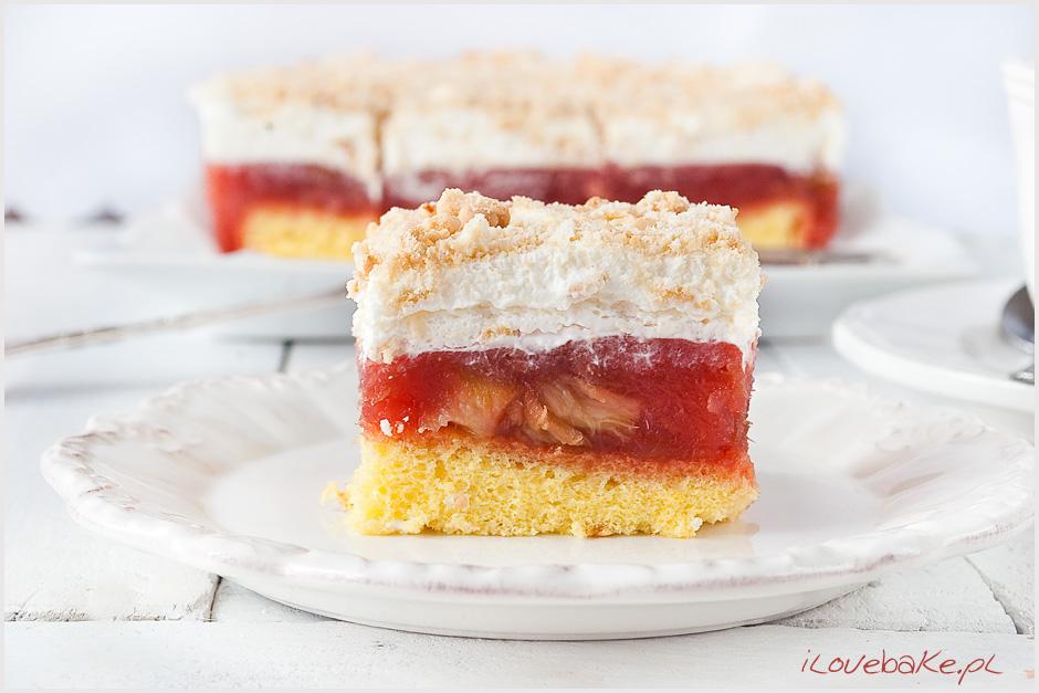 przekladaniec-ciasto-z-rabarbarem-i-bita-smietana-10