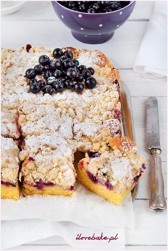ciasto-ucierane-z-owocami-i-kruszoną-4