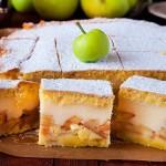 Szarlotka z budyniem szarlotka ciasto wypieki jablka budyn yummy applehellip