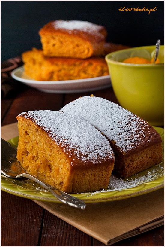 ciasto-dyniowe-na-jogurcie-1