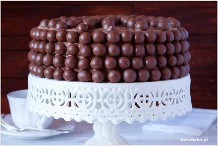 tort-czekoladowy-z-maltersami-8