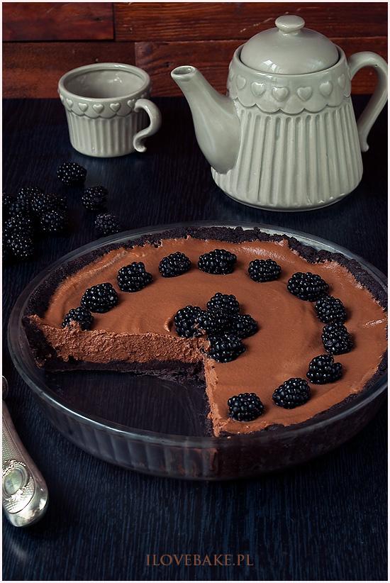 tarta czekoladowa z jezynami