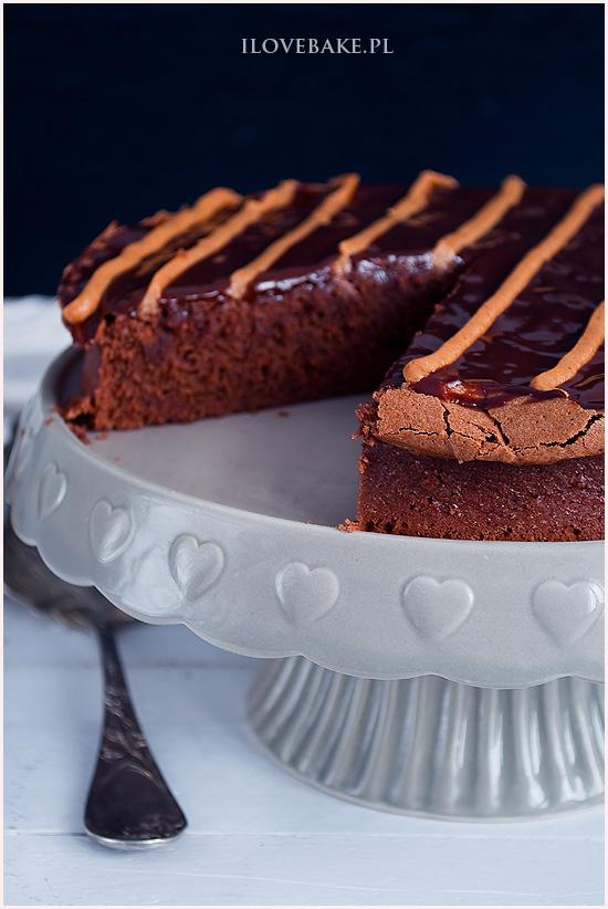 ciasto-czekoladowe-z-masłem-orzechowym-9