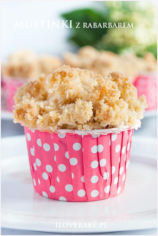 muffinki-z-rabarbarem