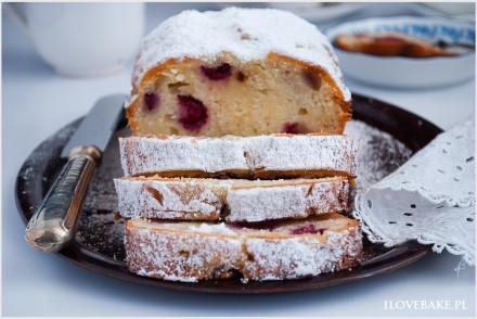ciasto z malinami i białą czekoladą-01