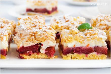 Kruche ciasto ze śliwkami