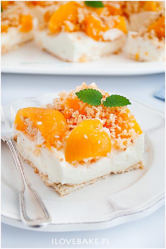 sernik na zimno z brzoskwiniami-3