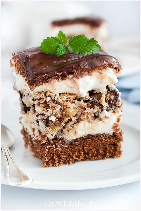 Ciasto z wafelkową warstwą