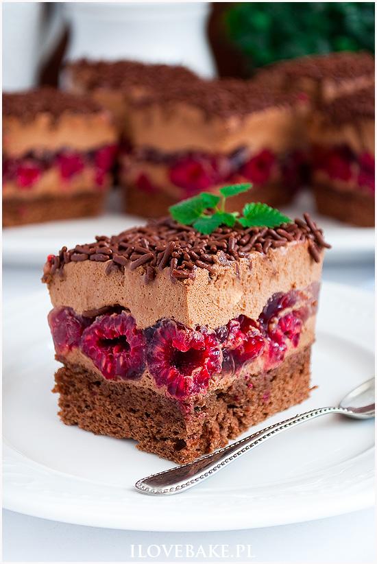Ciasto tortowe z malinami