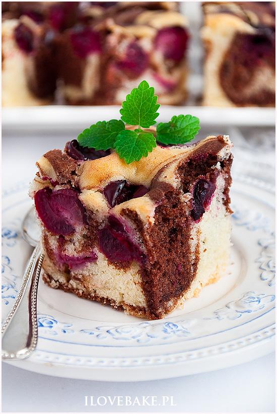 Ciasto łaciate z wiśniami
