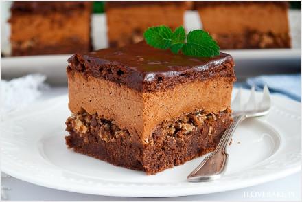 Ciasto z musem czekoladowym i wafelkami-7