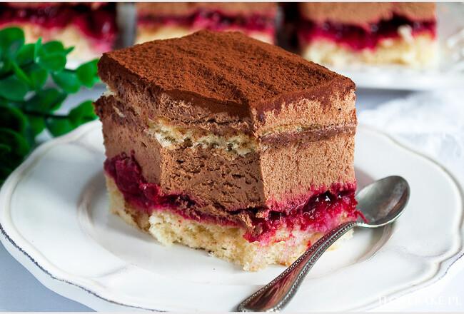 Ciasto tortowe z czekoladą i wiśniami-3