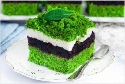 Ciasto leśny mech z jagodami-3