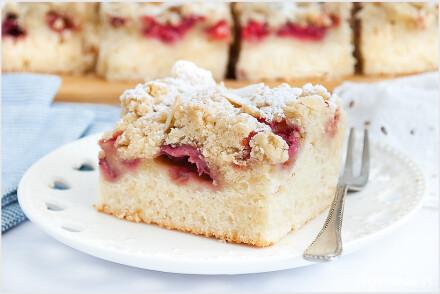 Ciasto-z-truskawkami